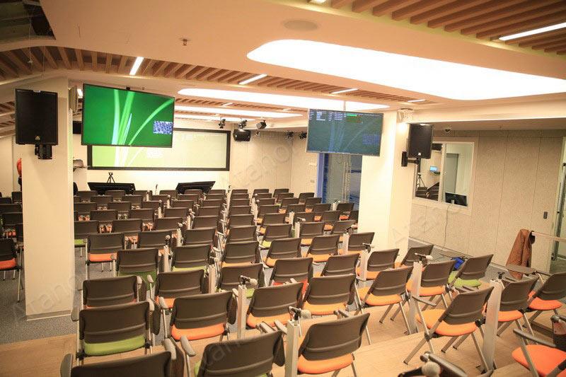 Многофункциональный конференц-зал для компании «Яндекс»