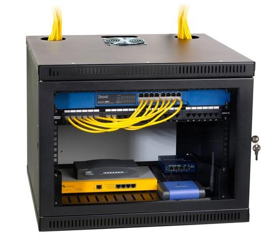 Рэковый шкаф для коммутационного оборудования