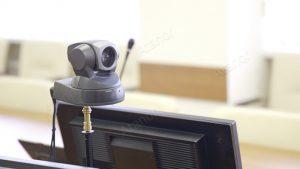 Поворотная видеокамера для видеоконференцсвязи