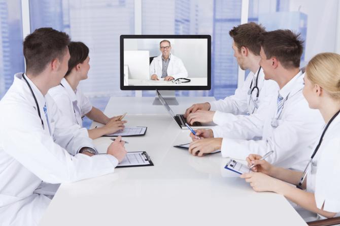 Телемедицина для дистанционных совещаний и обучения