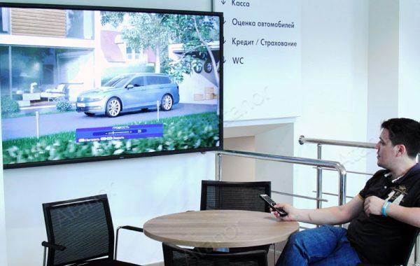 Видеостены для клиентов автосалона