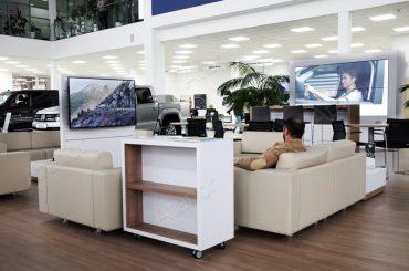 Мультимедийный комплекс для автосалона Фольксваген Центр Курск